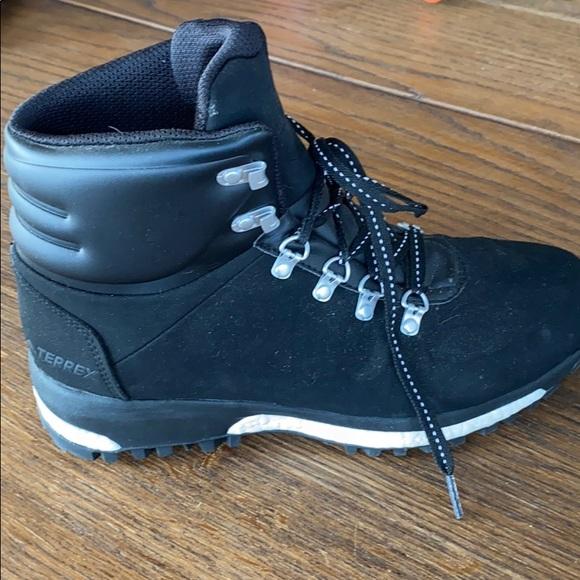 Adidas Terrex Boost boots